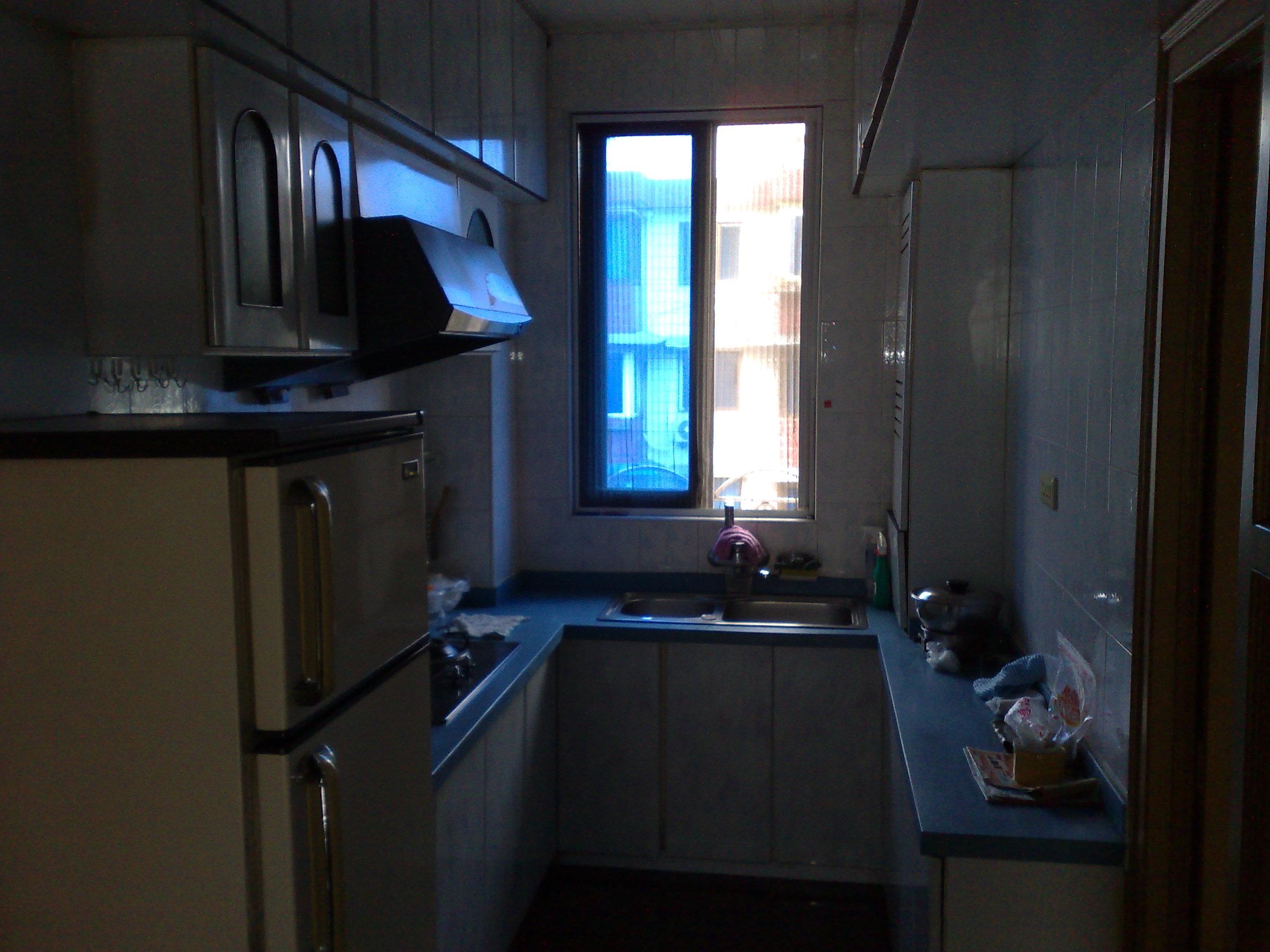 两室一厅一厨一卫 高清图片