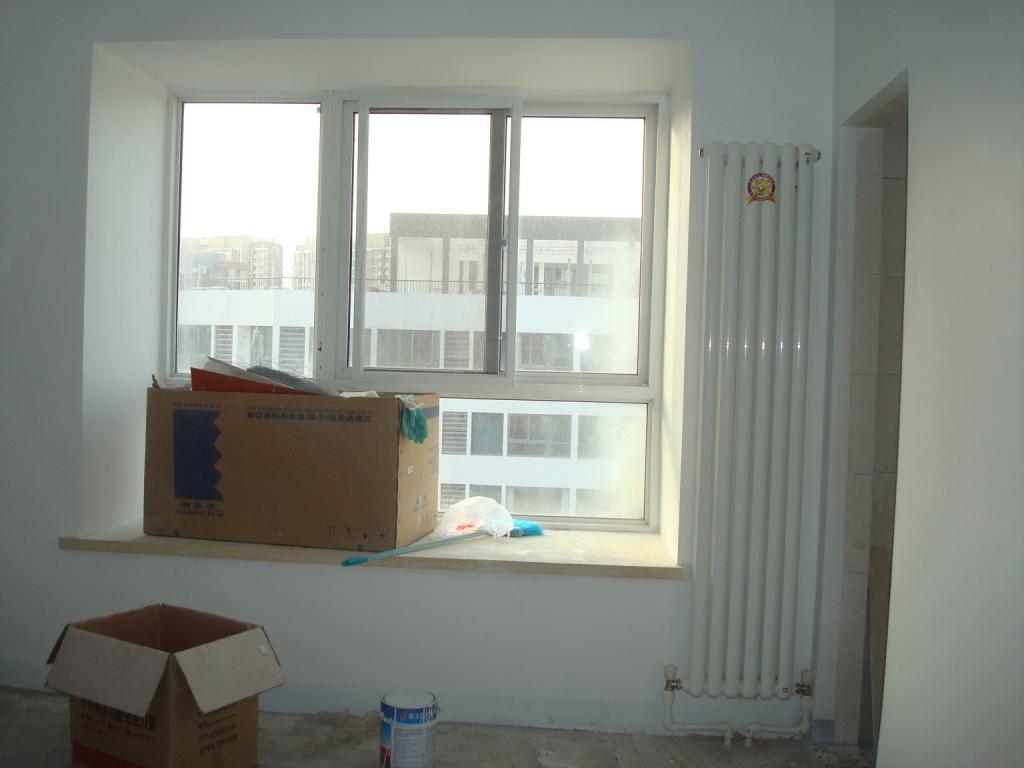 带暖气片装修效果图; 客厅暖气装修效果图; 暖气片效果图_暖气片装修