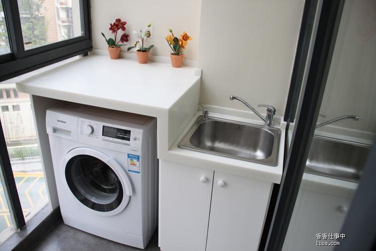 阳台洗衣机_阳台洗衣机装修效果图_阳台洗衣机柜图片