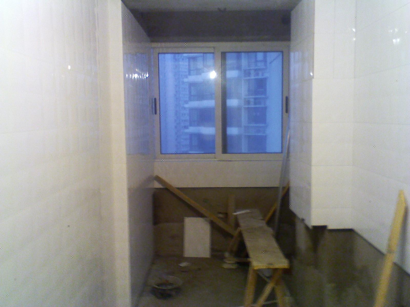 墙排马桶安装 瓷砖铺贴中 齐家论坛 装修技巧 装修经验 装修高清图片